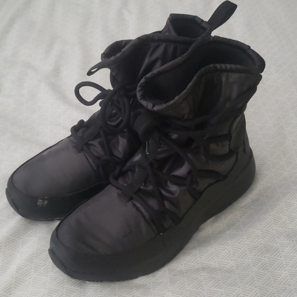 fashion best collection select for original Nike High Rise Water Resistant Winter Boots